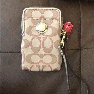 Coach cellphone holder & credit card holder